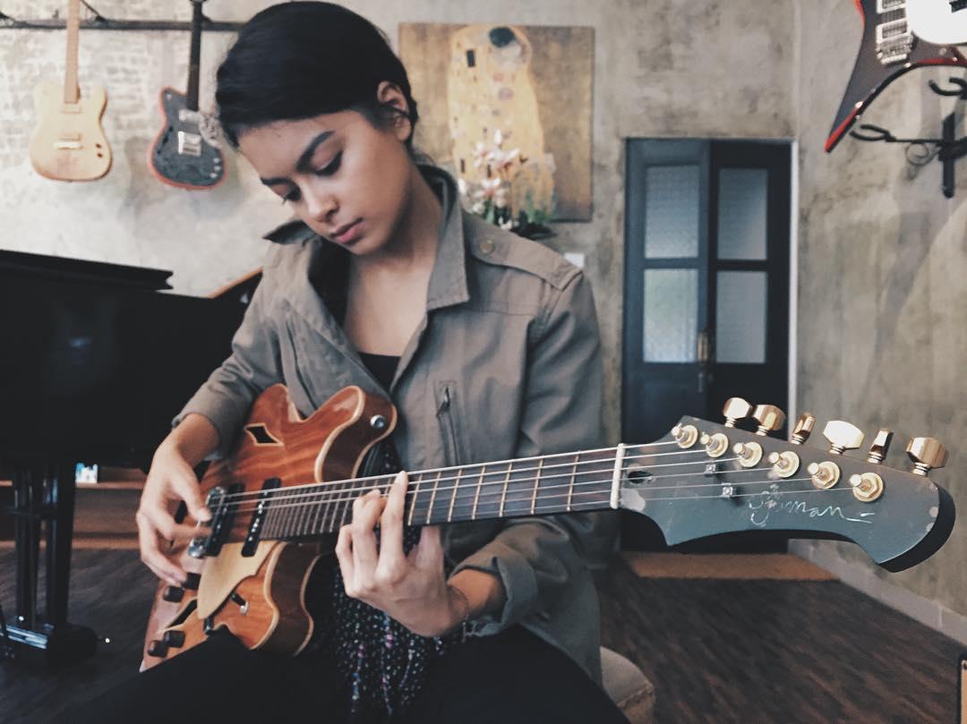 Puasa Akting, Eva Celia Kini Fokus Garap Album Musik