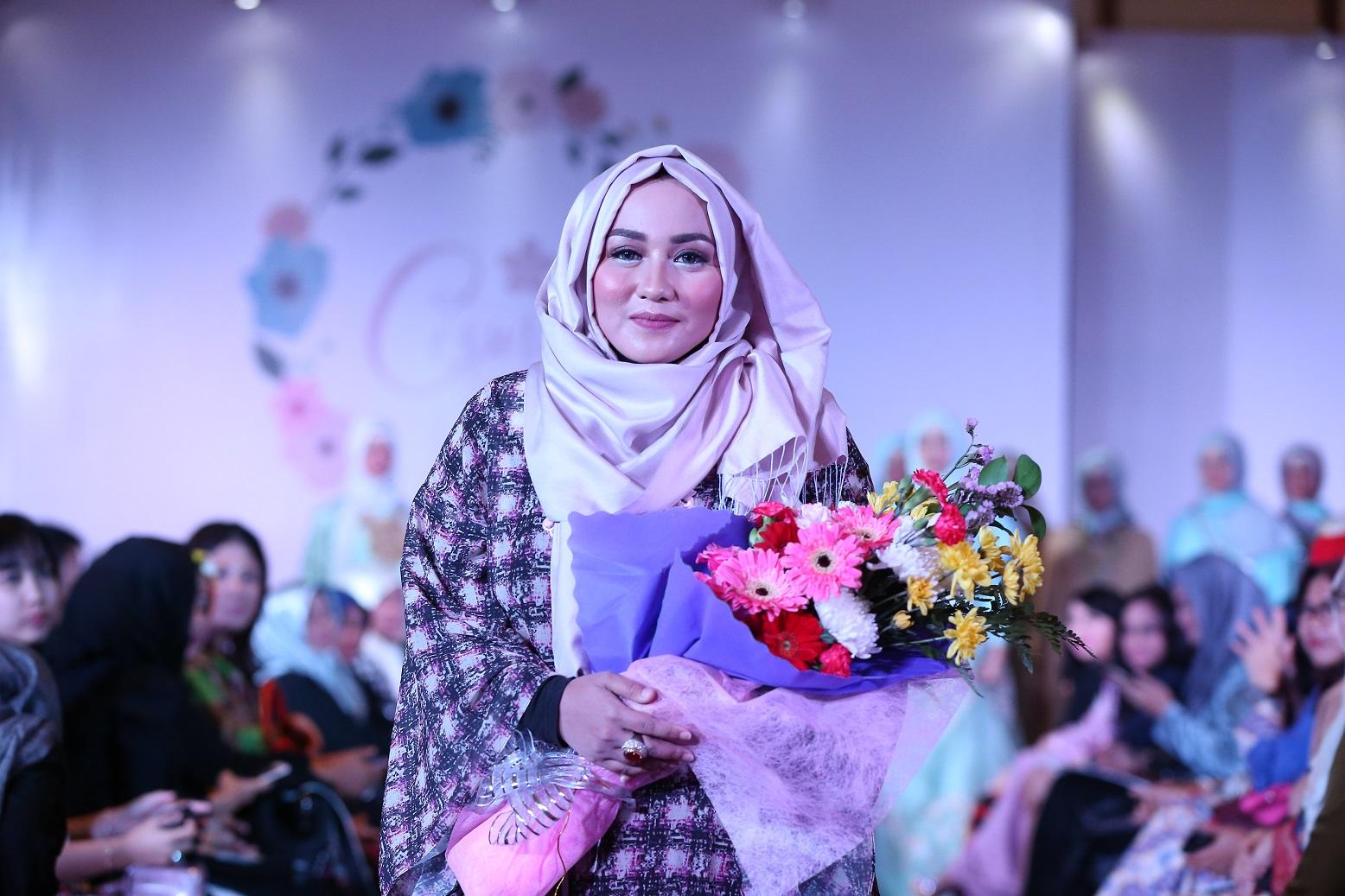 Anniesa Hasibuan Gelar Trunk Show Ready To Wear